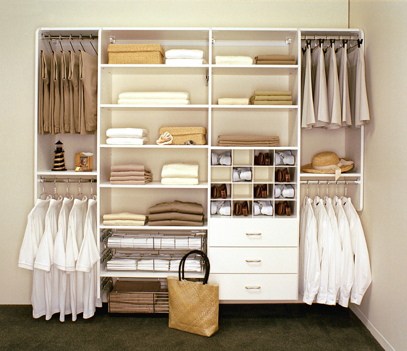 Hampton closet